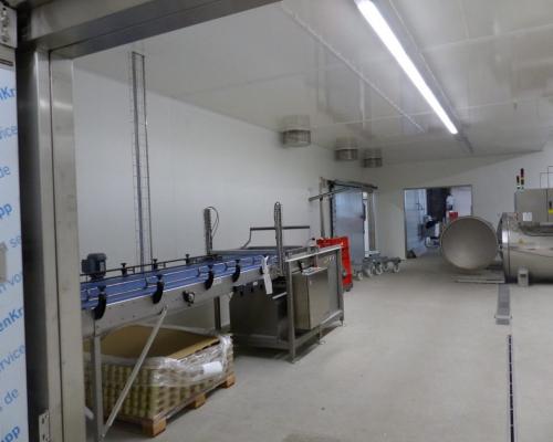 hygienische Trennwände mit begehbarer Decke